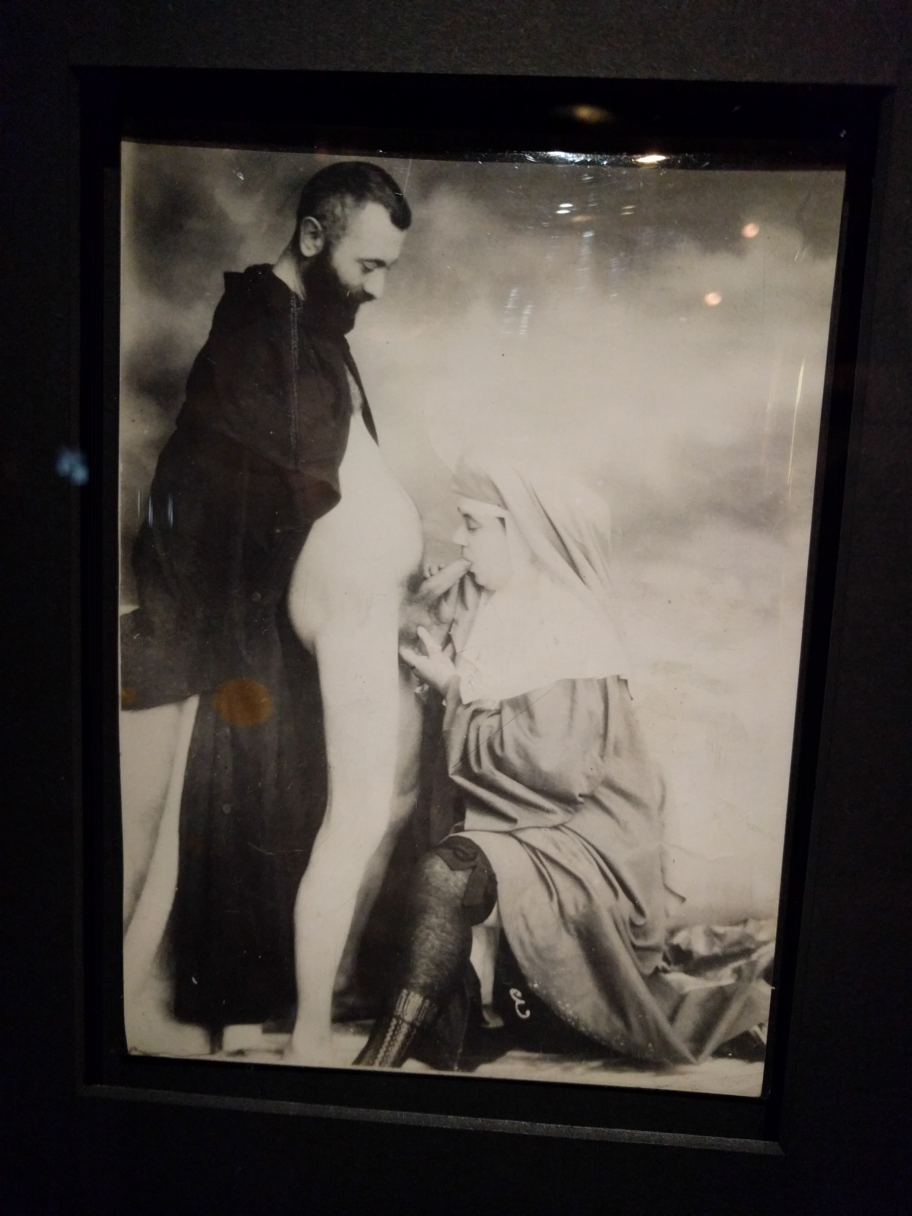 A szexuális fantáziák és fétisek gyakori szereplői voltak a különféle egyházi tekintélyszemélyek.