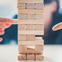 Hit és kockázat: avagy mi is a felelős hozzáállásunk a kockázatokhoz