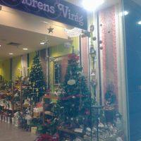 Karácsonyfa már most? Na ne!