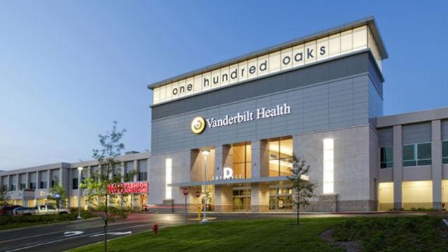 A nashville-i 100 Oaks Mall hipermodern egészségközpontként várja a pácienseket.