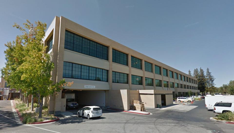 A korábbi Mayfield Mall Dél-Kaliforniában ma Google iroda.