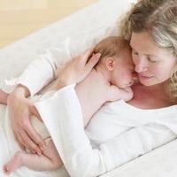Miért nem alszanak az anyukák?
