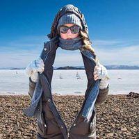 Hetvennel a Bajkál-tó jegén