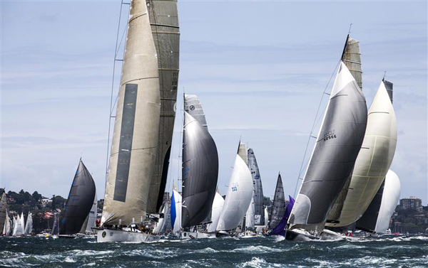 START OF THE 68TH ROLEX SYDNEY HOBART.jpg