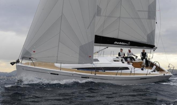 Alt_European Yacht of the Year Dehler 381.jpg