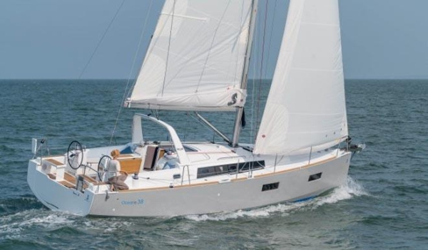 European Yacht of the Year Beneteau Oceanis 381.jpg