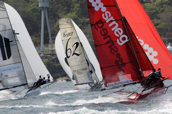 Aus18footers_2014champ_race2_03.jpg