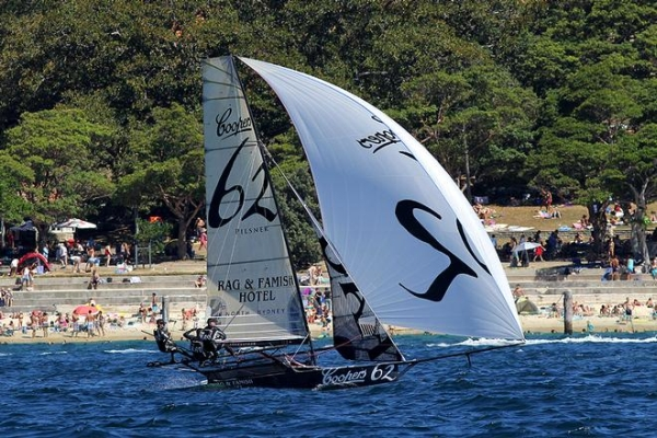 Aus18footers_2014champ_race5_01.jpg