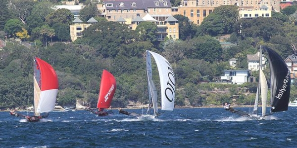 Aus18footers_2014champ_race5_03.jpg
