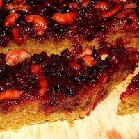 Vörösáfonyás háromdiós sütőtökös sütemény