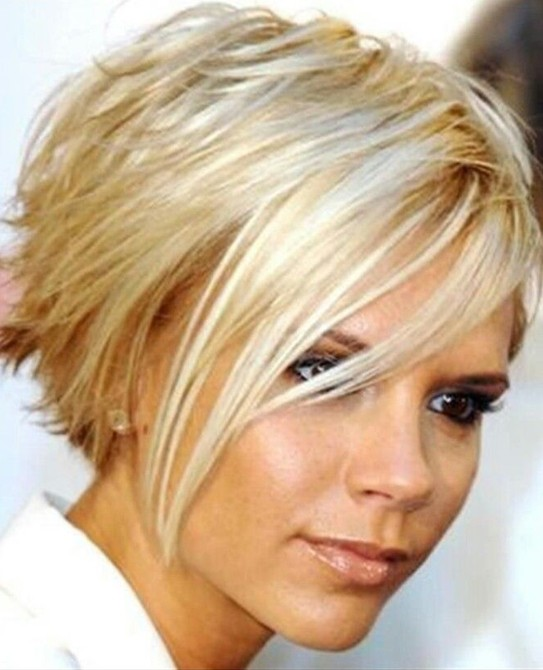 15-chic-short-haircuts-blonde-short-straight-hair.jpg
