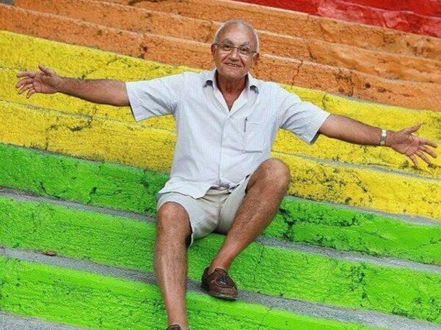 Isztambul szivárvány színekben pompázó lépcsői!