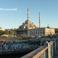 A bazári forgatag közepén, megújult környezetben álló csodás isztambuli mecset