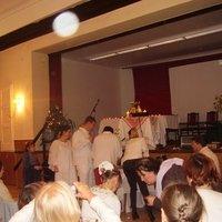 Az Alma Máter karácsonyi ünnepségén maga Istenanya képviselteti MaGát