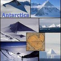 Három piramis az Antarktiszon