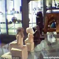 Az ókori egyiptomi szobor elkezdett mozogni