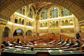 parlamenti_l_sterem_1414737223.jpg_275x183