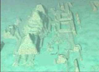 piramisok_bermuda_haromszog_1391364315.jpg_320x234