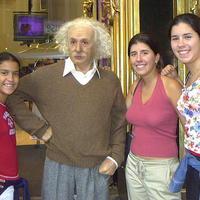 Einstein csak 12 éves koráig volt vallásos