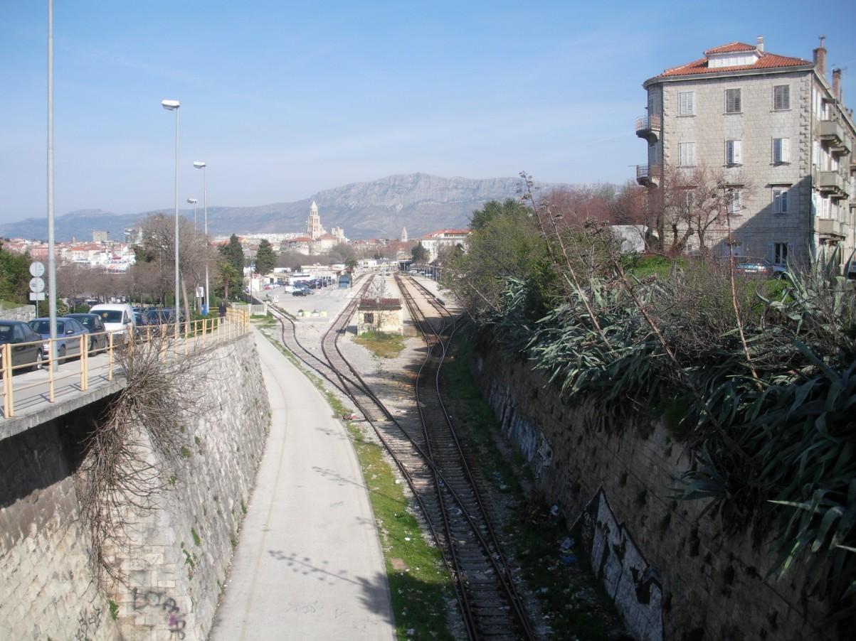 Horvátország vonattal.jpg