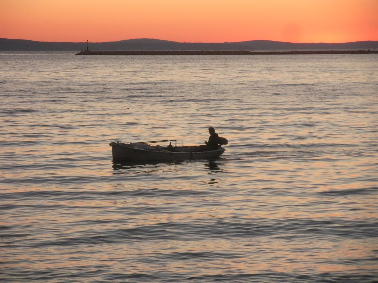 naplemente Omisban Horvátország.jpg