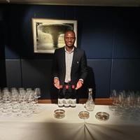 Zimbabwei gin mutatkozott be Londonban