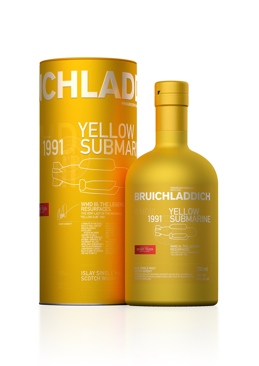 bruichladdich-yellow-submarine-wmdiii-d1991-r2018-700-blackbg-floor.jpg