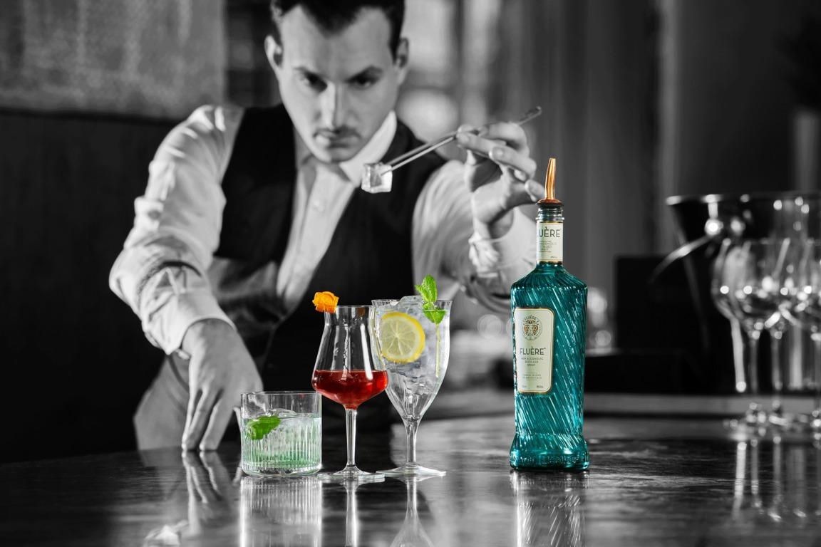"Alkoholmentes ""gin"" mocktailokhoz"
