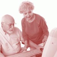Ugyan kevesen vannak, de talán éppen ezért egészen aktívak: 50 év felettiek az interneten