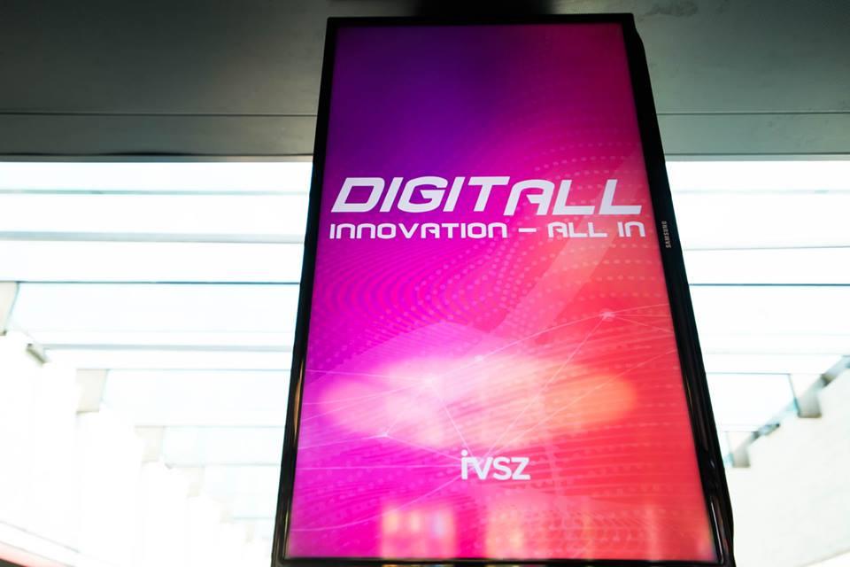 digitall.jpg