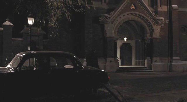 A Cég regénye - Berlin 1954 - Budapest Lőrinc pap tér - Jézus Szíve templom a filmben.jpg