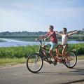 10 fontos dolog, amit tudnod kell a Tisza-tó körbe bringázásához