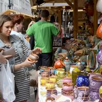 Tavaszi Vásár a Vörösmarty téren