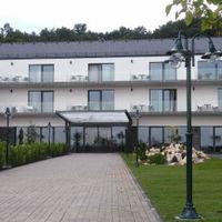 Új hotel nyílt Hollókőn