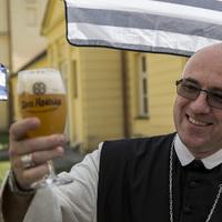 Kézműves sör az apátság pincéjéből