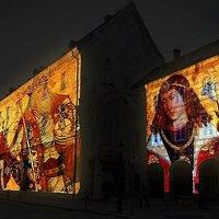Fény utca, avagy István király életútja a házfalakon