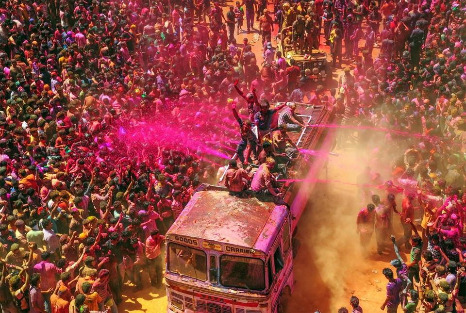 holi-festival-of-colors-india.jpg