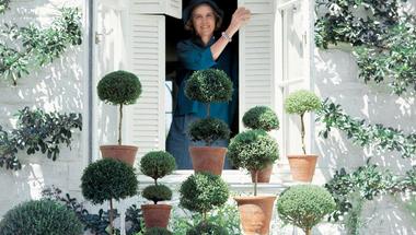 A nő, aki Givenchy-ban kertészkedett