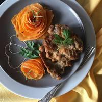 Mustáros-fűszeres tarja édesburgonya rózsával