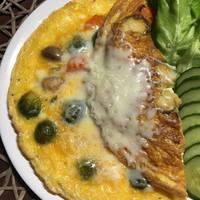 Zöldséges, sajtos tojáslepény
