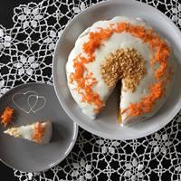 Répás, cukkinis, mogyorós torta