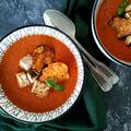 Sültparadicsom leves sajtos ropogóssal és krutonnal