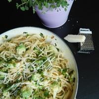A Zöld Istennő ihlette spagetti