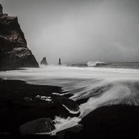 Téli Izlandi Kör – 2. nap – Fekete tengerpartok és a gleccserlagúna