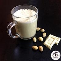 Fehér csokoládés pisztácia tej