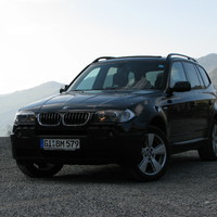 Tervezzünk BMW-t - építsük meg az M8-as izomautót!