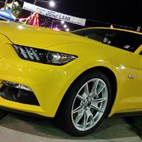 Modern izomautók: Ford Mustang GT kabrió 2015
