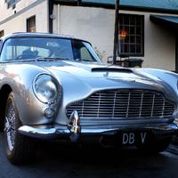 Mindörökre őfelsége szolgálatában - Aston Martin DB