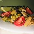 Tonhalas-zöldséges tészta