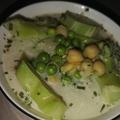 Tárkonyos zöldség leves csicseroborsóval
